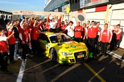 Team Phoenix Racing célèbre son champion Mike Rockenfeller