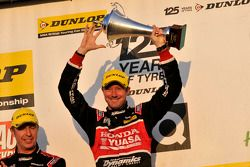 Round 27 Race Winner Gordon Shedden