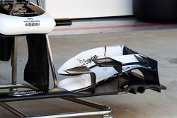 Williams FW35 ön kanat detay