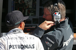 Lewis Hamilton, Mercedes AMG F1 met Ross Brawn, Teambaas Mercedes AMG F1