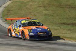 #31 NGT Motorsport Porsche 911 GT3 Cup: Eduardo Cisneros, Jakub Giermaziak