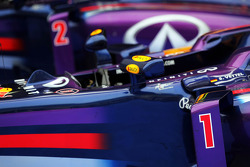 Red Bull Racing RB9s, Sebastian Vettel, Red Bull Racing RB9 ve Mark Webber, Red Bull Racing RB9 kapalı park