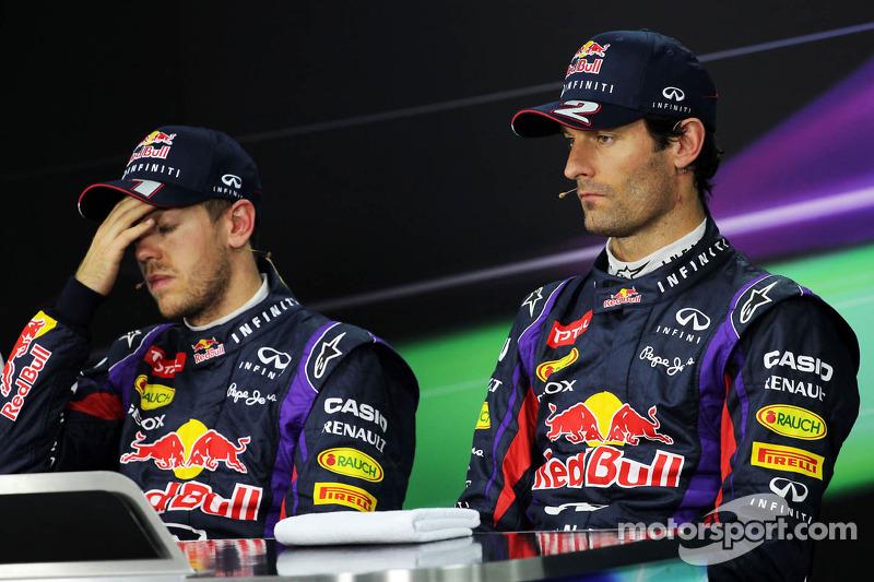 FIA basın toplantısı: Sebastian Vettel, Red Bull Racing takım arkadaşı Mark Webber, Red Bull Racing