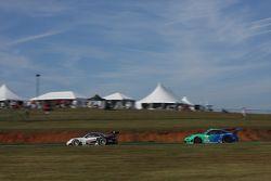 #48 Paul Miller Racing Porsche 911 GT3 RSR: Bryce Miller, Marco Holzer #17 Team Falken Tire, Porsche