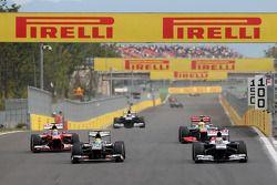 Esteban Gutierrez, Sauber F1 Team and Pastor Maldonado, Williams F1 Team
