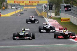 Esteban Gutierrez, Sauber F1 Team and Sergio Perez, McLaren Mercedes