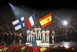 pódio: vencedores Sébastien Ogier e Julien Ingrassia, segundo colocado Daniel Sordo e Carlos del Bar