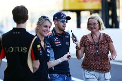 Sebastian Vettel, Red Bull Racing medya ile