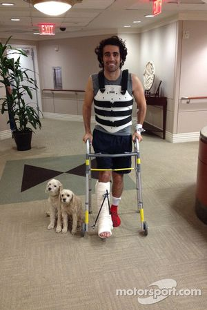 Dario Franchitti sale del hospital