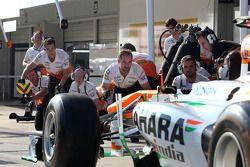 Sahara Force India Formula 1 Team mechanics
