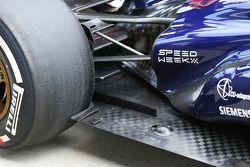 Scuderia Toro Rosso STR8 rear taban detay