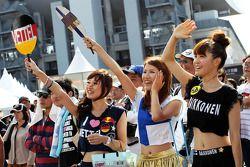 Sebastian Vettel, Red Bull Racing ve Kimi Raikkonen, Lotus F1 fans