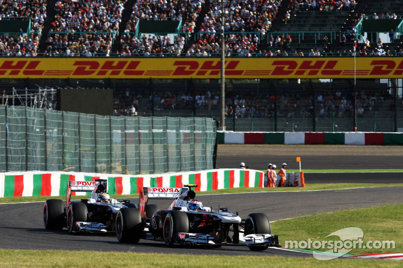Valtteri Bottas, Williams FW35 leasds team mate Pastor Maldonado, Williams FW35