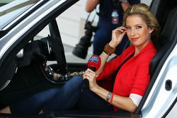 Sarah Winkhaus, Sky Sports F1