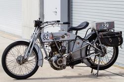 Moto vintage em ação