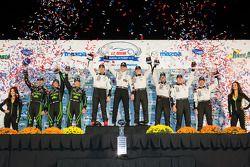 Scott Tucker, Ryan Briscoe, Marino Franchitti, Scott Sharp, Anthony Lazzaro, David Brabham, Jonny Ka