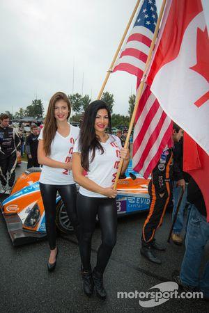 Amáveis garotas da BAR 1 Motorsports