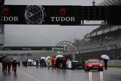 Race gestopt na hevige regenval
