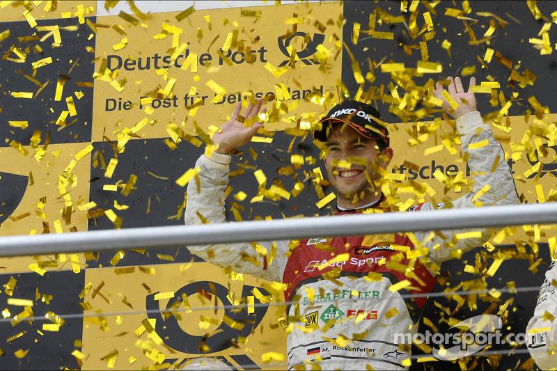 Ganador del campeonato Mike Rockenfeller, Audi Sport Team Phoenix Racing