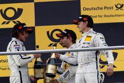 Podio: Roberto Merhi, Mercedes AMG DTM-Team HWA DTM Mercedes AMG C-Coupe, Timo Glock, BMW Team MTEK