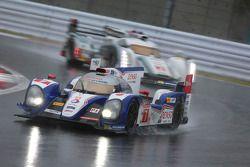 #7 Toyota Racing Toyota TS030 - hybrid: Alexander Wurz, Nicolas Lapierre, Kasuki Nakajima