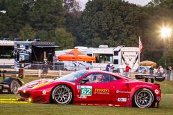 #62 Risi Competizione Ferrari F458 Italia: Olivier Beretta, Matteo Malucelli, Robin Liddell goes off