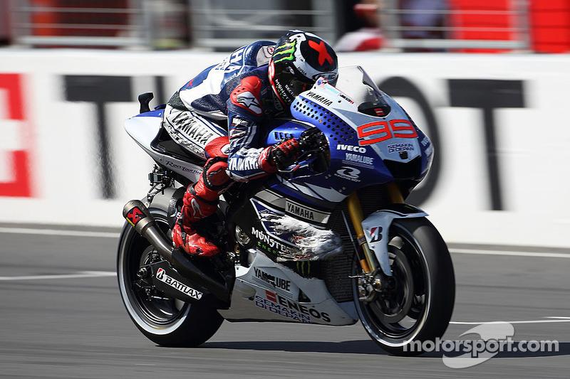 "2013: Jorge Lorenzo (Yamaha) 1'27""899"