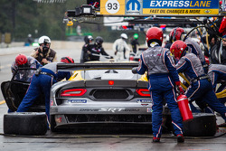 Pit stop for #93 SRT Motorsports SRT Viper GTS-R: Jonathan Bomarito, Kuno Wittmer, Tommy Kendall