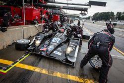 Pit stop for #551 Level 5 Motorsports HPD ARX-03b HPD: Scott Tucker, Ryan Briscoe, Marino Franchitti