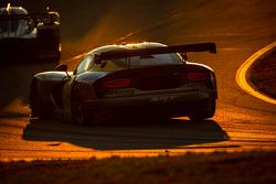 #93 SRT Motorsports SRT Viper GTS-R: Jonathan Bomarito, Kuno Wittmer, Tommy Kendall