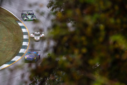 #66 TRG Porsche 911 GT3 Cup: Ben Keating, Damien Faulkner, Craig Stanton, #0 DeltaWing Racing Cars D
