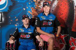 Chaz Mostert voegt zich bij Mark Winterbottom en Ford Performance Racing