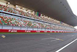 Circuit main start / finish grandstand