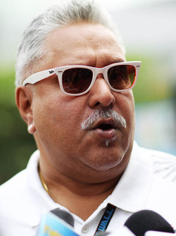 Dr. Vijay Mallya, Sahara Force India F1 Team Owner with the media