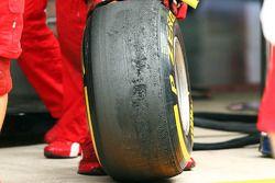 Worn Pirelli lastiğis used by Ferrari