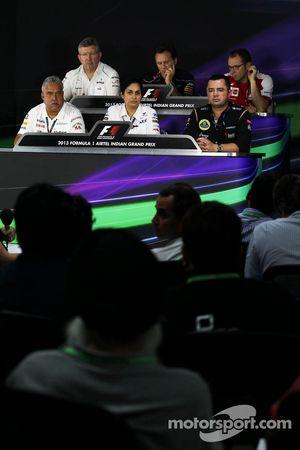 The FIA Press Conference, Ross Brawn, Mercedes AMG F1 Team Principal; Christian Horner, Red Bull Racing Team Principal; Stefano Domenicali, Ferrari General Director; Dr. Vijay Mallya, Sahara Force India F1 Team Owner; Monisha Kaltenborn, Sauber Team Princ