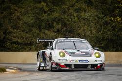 #48 Paul Miller Racing Porsche 911 GT3 RSR: Bryce Miller, Marco Holzer, Emmanuel Collard