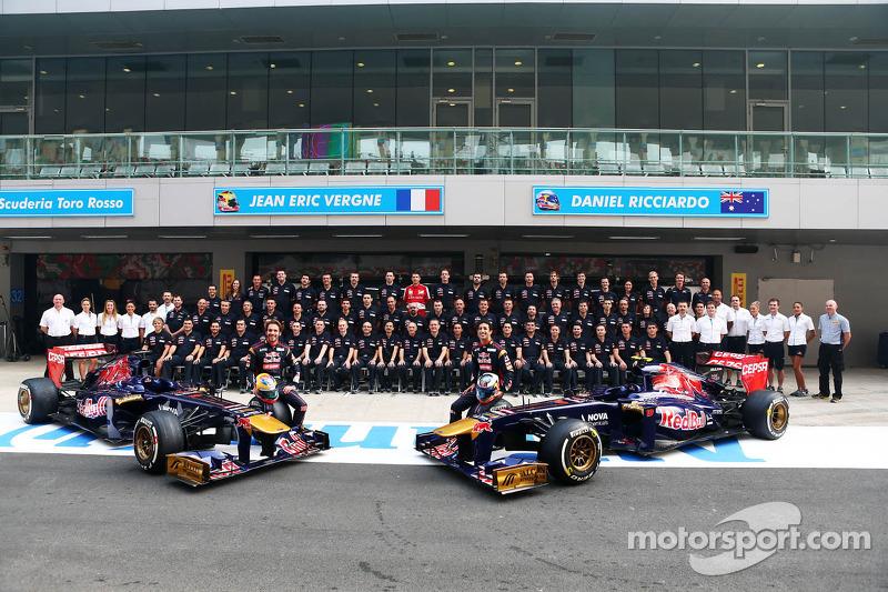 Toro Rosso team photoshoot