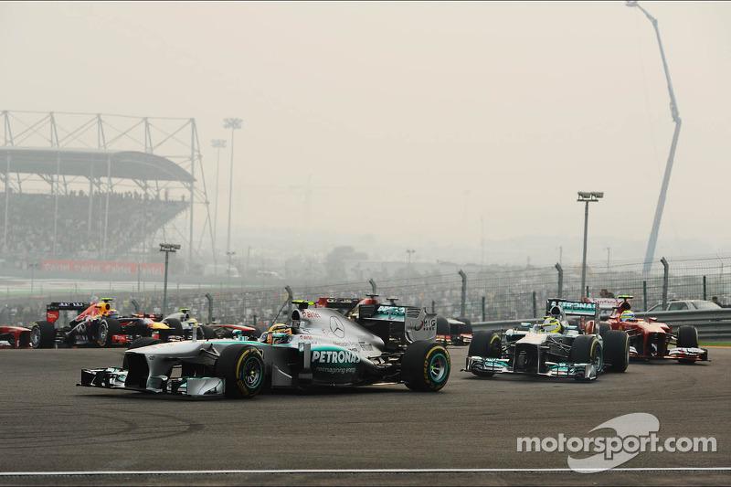 Lewis Hamilton, Mercedes AMG F1 W04 al inicio de la carrera