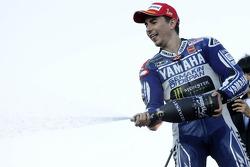 Podio: ganador de la carrera Jorge Lorenzo