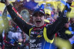 Le vainqueur Jeff Gordon, Hendrick Motorsports Chevrolet