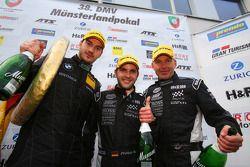 3e plaats overall Uwe Alzen, Niclas Kentenich, Philipp Wlazik, Uwe Alzen Automotive, BMW Z4 GT3