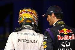Mark Webber, Red Bull Racing y Lewis Hamilton, Mercedes Grand Prix