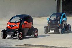 Марк Уэббер и Шарль Пик. ГП Абу-Даби, Воскресенье, перед гонкой.
