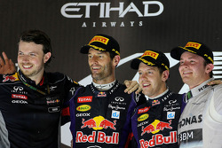 Mark Webber, Red Bull Racing, Sebastian Vettel, Red Bull Racing y Nico Rosberg, Mercedes GP
