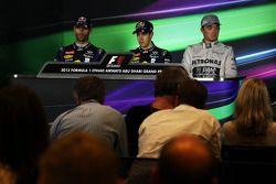 Yarış sonrası FIA basın toplantısı: Mark Webber, Red Bull Racing, 2.; Sebastian Vettel, Red Bull Rac