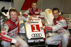 Loic Duval, Tom Kristensen y Allan McNish (campeones del mundo 2013)