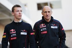 (L to R): Daniil Kvyat, Scuderia Toro Rosso with Franz Tost, Scuderia Toro Rosso Team Principal