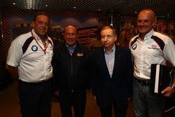 E ara D Ing. Kurt Treml, Team Manager da Liqui Moly Team, João Manuel Costa Antunes, o coordenador d