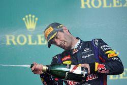 O terceiro colocado Mark Webber, Red Bull Racing